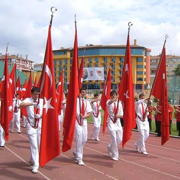 Tören Bayrakları ve Direkleri